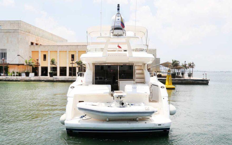 Yate Ferretti Cartagena 012