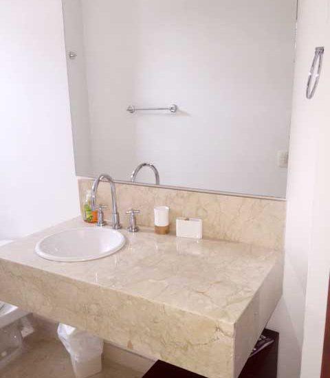 Alquiler Casa del Virrey Eslava | Baño Lavamanos
