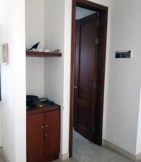 Alquiler Casa del Virrey Eslava | Acceso Habitación