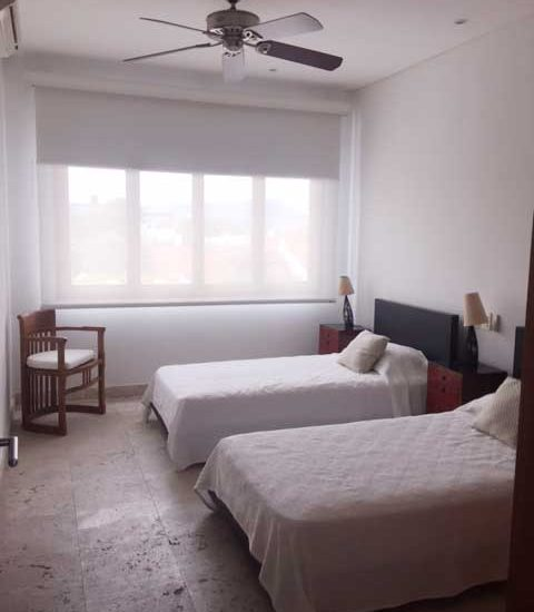 Alquiler Casa del Virrey Eslava   Habitación con camas sencillas