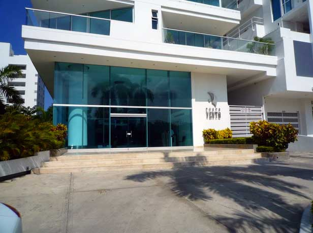 Entrada Edificio Portovento Cartagena