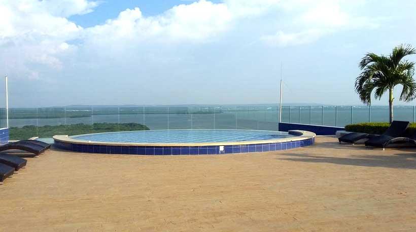 Piscina Infinita Zona Norte Cartagena