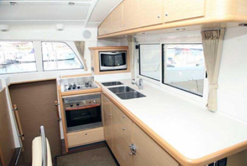 Vista interior Catamaran de lujo en cartagena