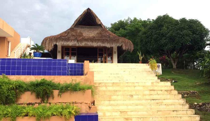 Vista Piscina Casa en Condominio Marina de Barú