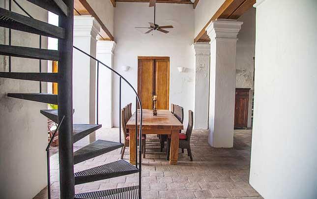 Casa Santa Marta 001