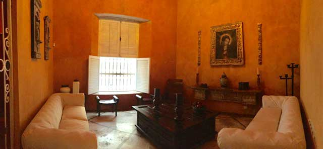 Sala de estilo Colonial en Cartagena de Indias
