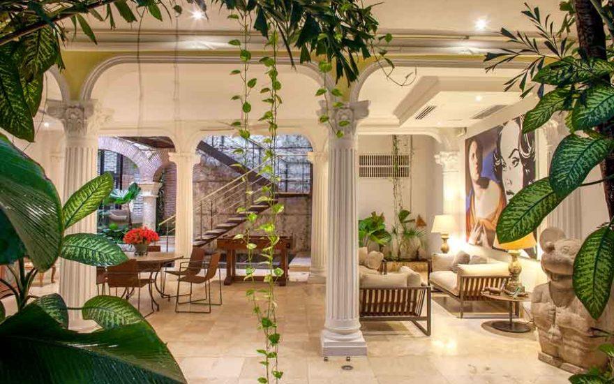 Hall principal de mansión en Cartagena de Indias