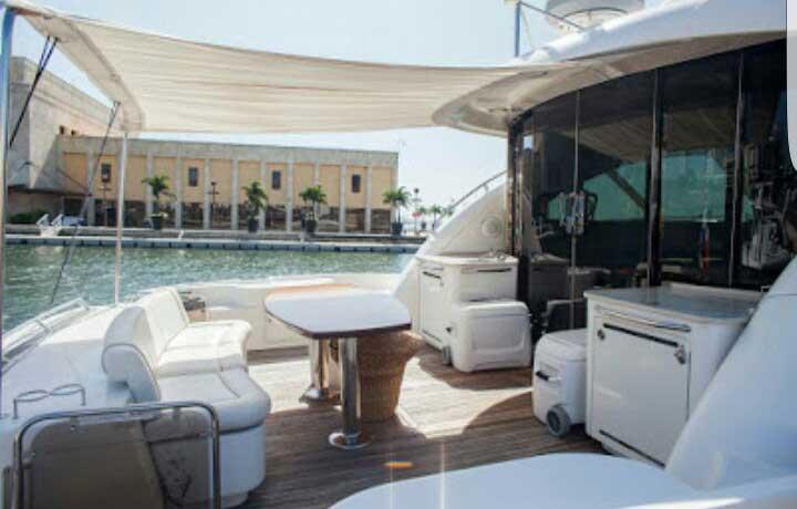 Yacht Sea Ray 004