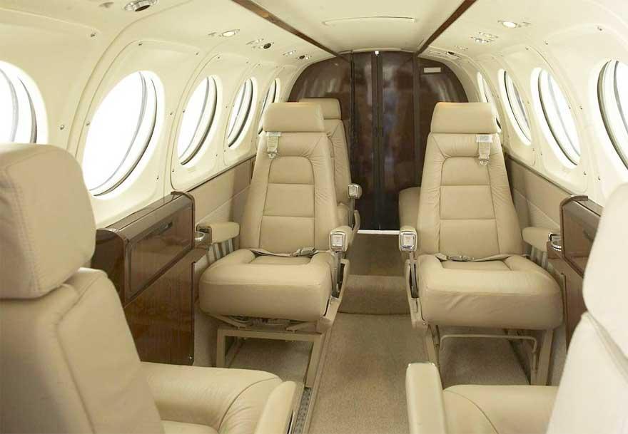 Avión Privado 007