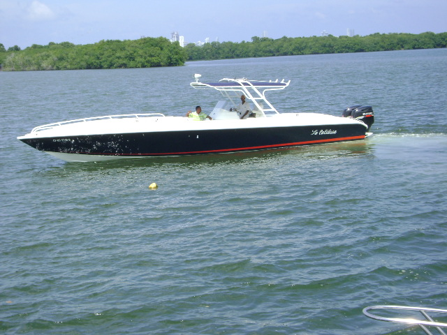 Boat Rental Cartagena Colombia 002
