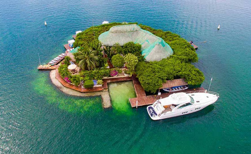 Cholon Island Barú Colombia
