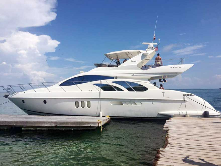 Yacht Rental Cartagena Flybridge