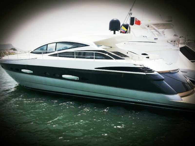 Yacht Pershing Cartagena