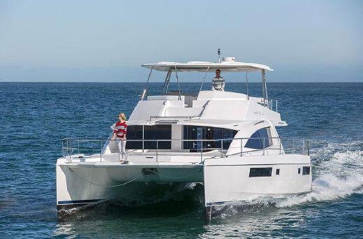 Catamaran Leopard 43
