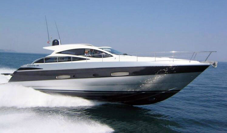 Yacht Pershing 016